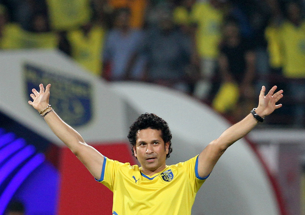 Master Blaster Sachin confirms his exit from Kerala Blasters!