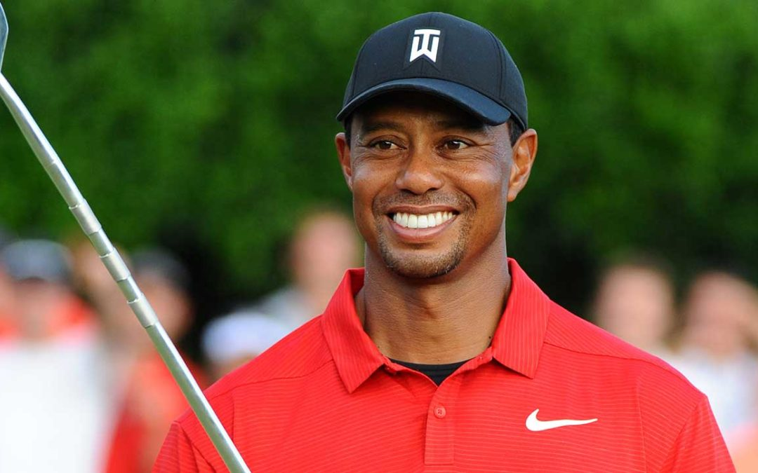 World leaders join sports greats heaping praise on Masters winner Tiger Woods.