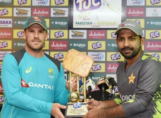 Twitter on Hungama over Australia v Pakistan T20I Series Cheese Biscuit Trophy.