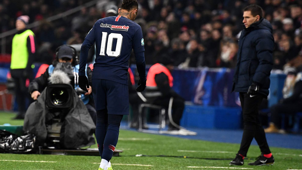 PSG star Neymar out 10 weeks with foot injury