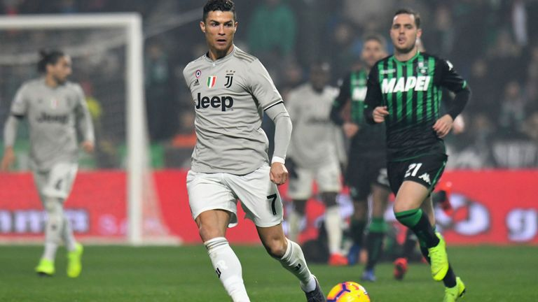 Ronaldo fires Juventus to go clear at the top  
