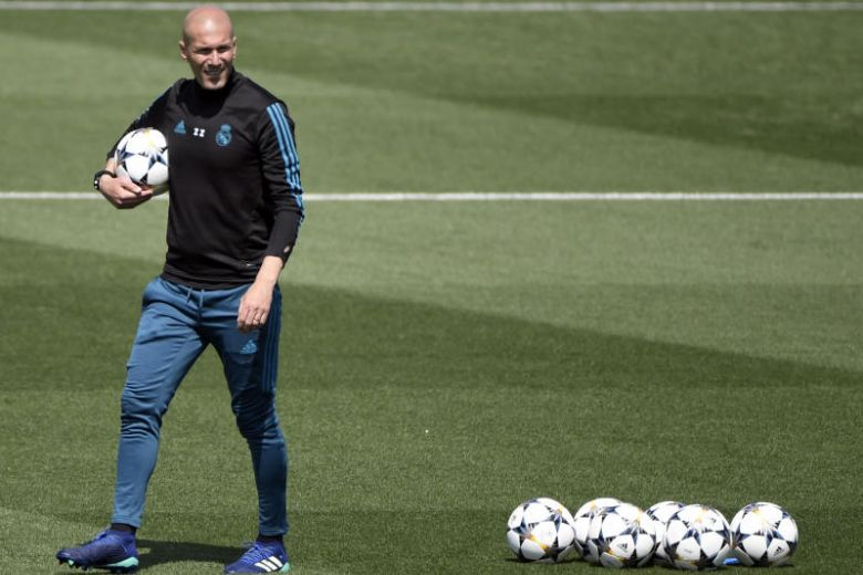 Zidane makes stunning Madrid return.