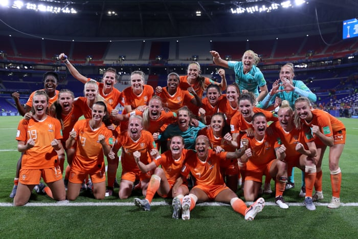 Women's World Cup: Dutch reach the finals to face the mighty US