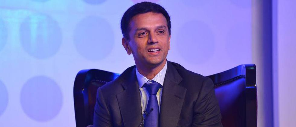 Rahul Dravid feels the ambition to resume cricket in a bio-secure the environment is 'unrealistic'